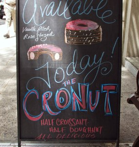 cronut-in-line_26587